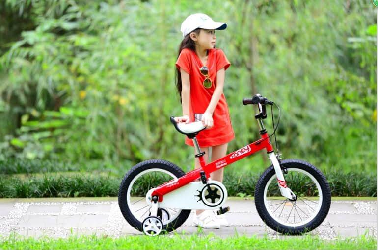 Chọn mua xe đạp cho bé gái 6 tuổi