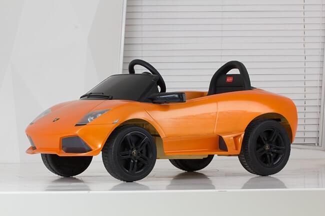 Siêu xe oto điện Lamborghini 81300