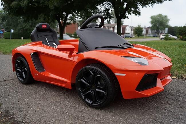 Siêu xe ô tô điện Lamborghini 81700