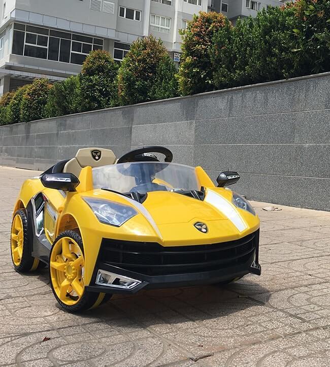 Xe ô tô điện Lamborghini 8188